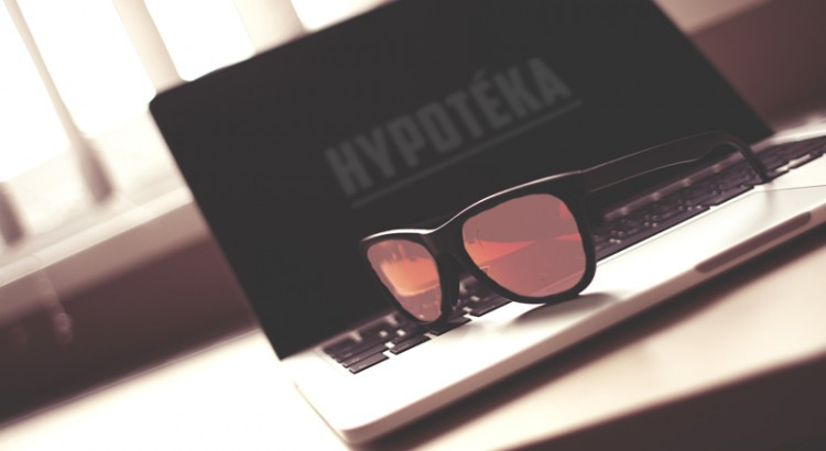 hypotéka a růžové brýle